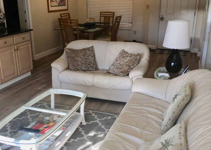 Fort Myers Beach Vacation Condo - Newly Renovated - Resort Pool, WiFi and Dock #4