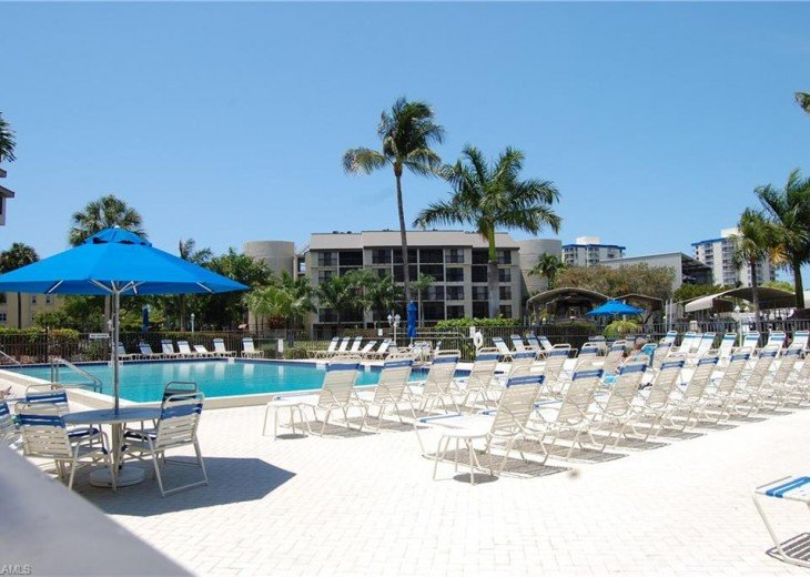 Fort Myers Beach Vacation Condo - Newly Renovated - Resort Pool, WiFi and Dock #16