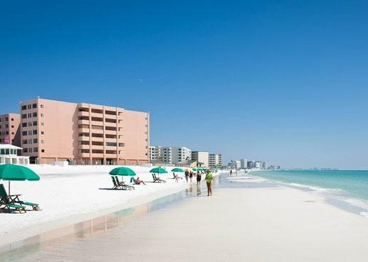 Exclusive DESTIN GULF FRONT Location 2BR/2BA (Holiday Isle) #16