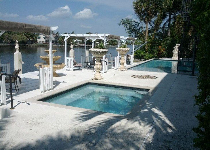 Hot tub, pool and sunning deck on the Middle River