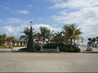 Island Living, Within Walking Distance To Beach Restaraunts Shops Parks Marina #1