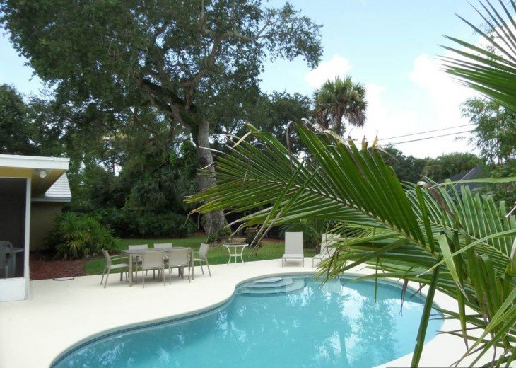Beautiful Island paradise, 3 Bedroom 2 bath ranch, family and pet friendly. #3