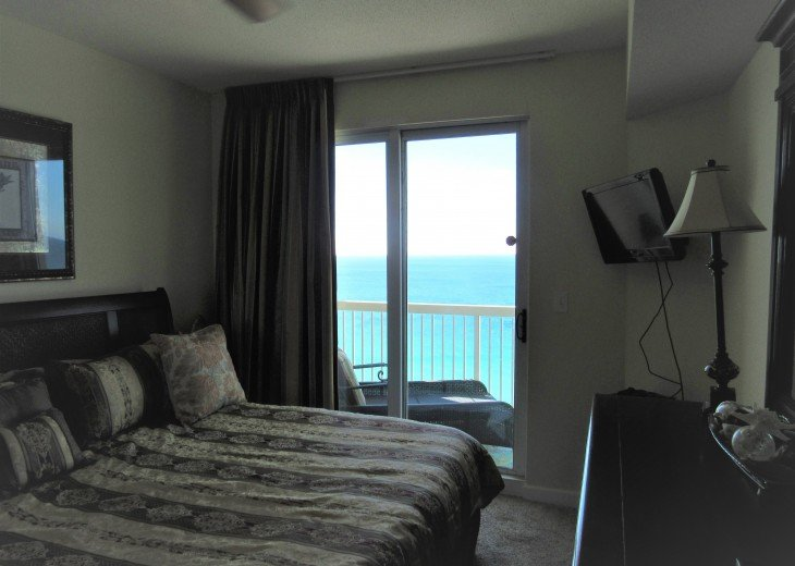 Outrageous views, surround balcony, water views in all rooms, no booking fees! #21