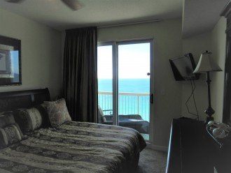 Outrageous views, surround balcony, water views in all rooms, no booking fees! #1