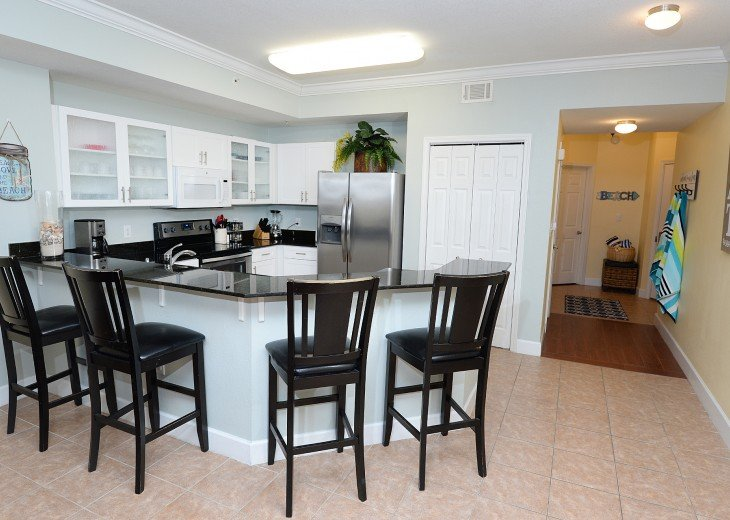 Tidewater 102, Perfect for large groups. 3 parking spaces, Beach Service #8