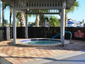 Land's End: Gulf-front Luxury, WIFI, HDTV, Free phone, Beautiful #1