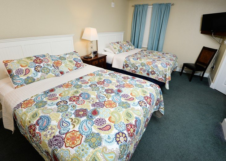 Tidewater 402, Large 1865 sq.ft. 3 parking passes and free beach service #4