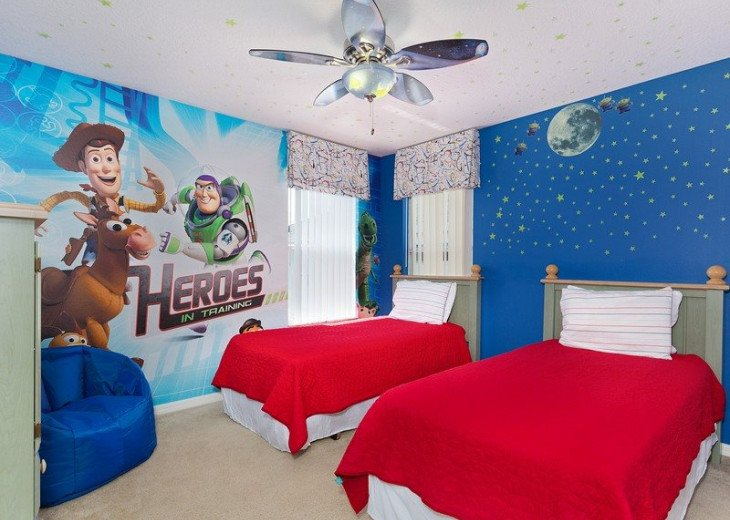 Disney Themed bedrooms and a South Facing Pool and SPA in Calabay Parc #3