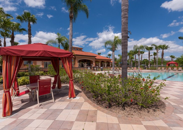 Stay in this 5 Br Pool & Spa home with game room in Aviana Resort. Sleeps 12 #36
