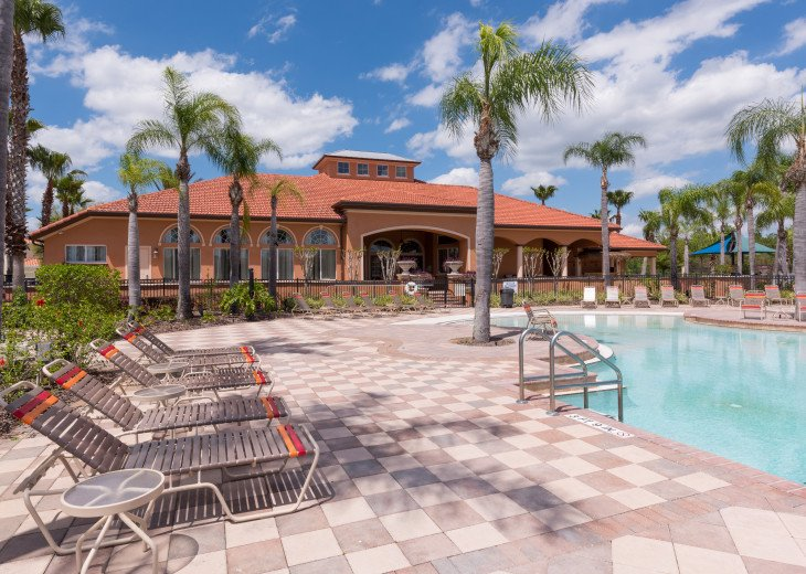 Stay in this 5 Br Pool & Spa home with game room in Aviana Resort. Sleeps 12 #34