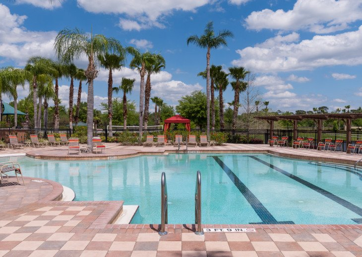Stay in this 5 Br Pool & Spa home with game room in Aviana Resort. Sleeps 12 #35