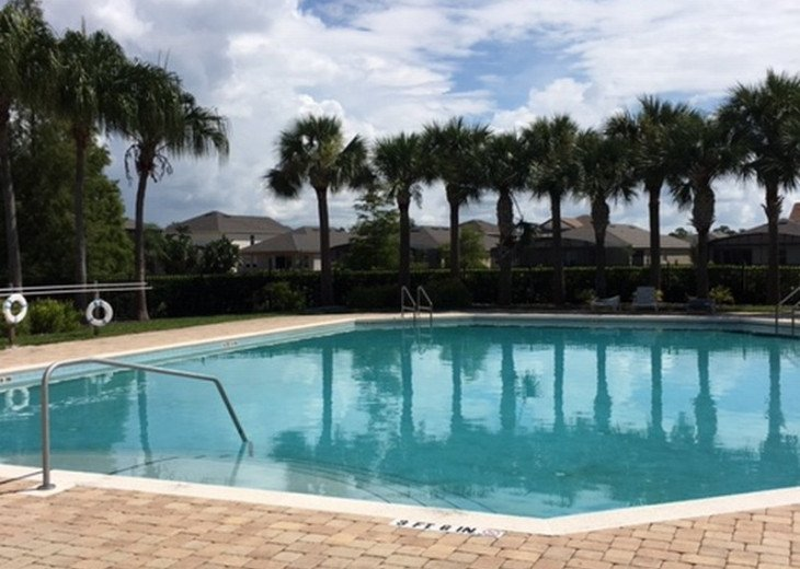 Enjoy the comforts of this affordable 4 bedroom vacation home with pool #30