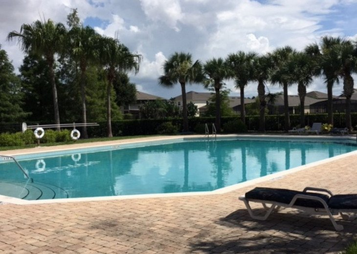 Enjoy the comforts of this affordable 4 bedroom vacation home with pool #31