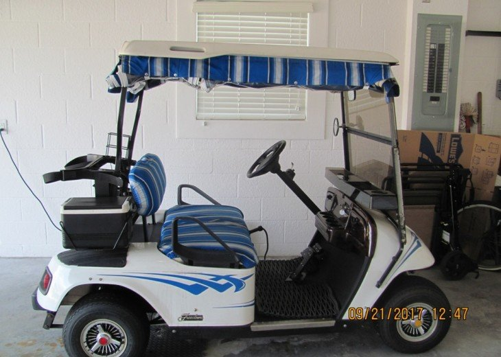 Electric cart...tootle around The Villages in style