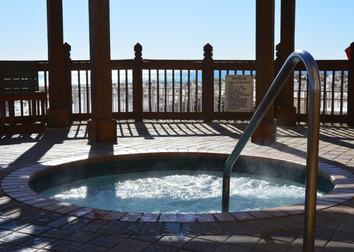 Pelican Beach Hot Tub