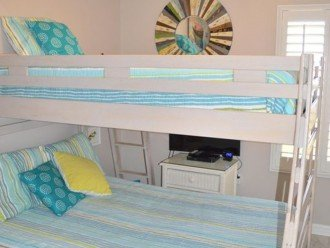 2nd Bedroom~ Full Bed on the Bottom and Twin Bed on Top