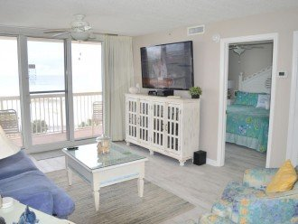 """65"""" Flat Screen TV, DVD Player, & Stereo in the Living Room!"""