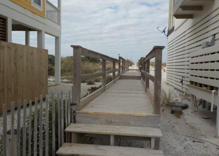 CapeSide Breeze, 1.32 minute walk to Gulf, Pet friendly #33