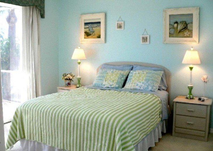 Ocean Blue Queen Suite
