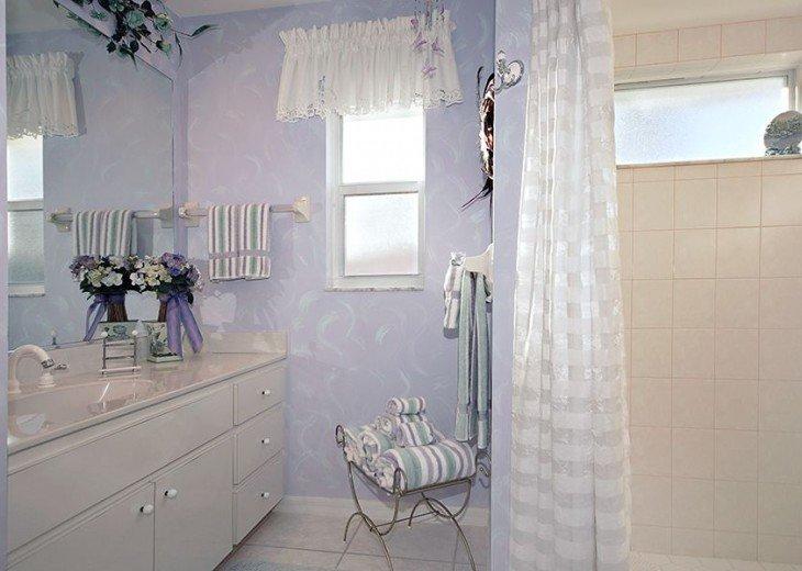 Guestbathroom 1