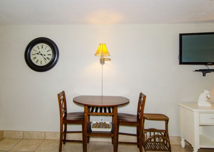 WOW!Beach Front,Awesome sunsets,Pet Friendly,Newly Remodeled North End #9