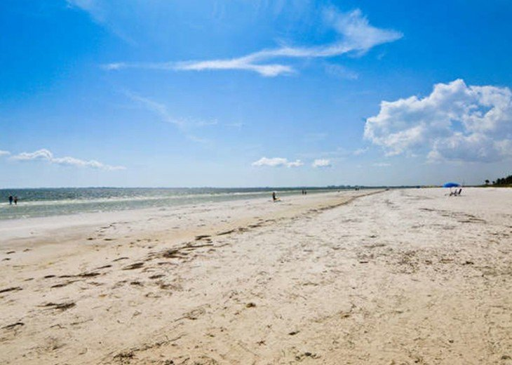WOW!Beach Front,Awesome sunsets,Pet Friendly,Newly Remodeled North End #22