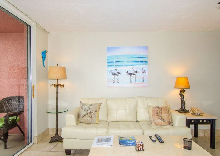 WOW!Beach Front,Awesome sunsets,Pet Friendly,Newly Remodeled North End #13