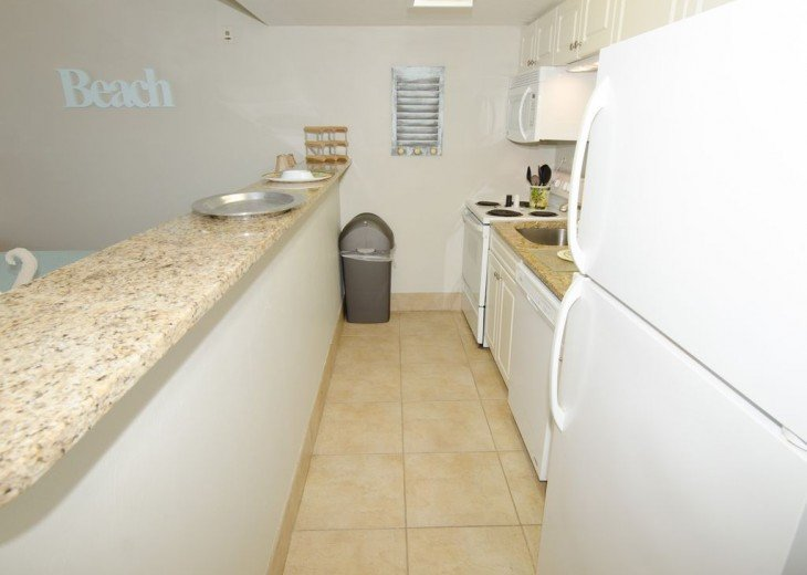 WOW!Beach Front,Awesome sunsets,Pet Friendly,Newly Remodeled North End #7