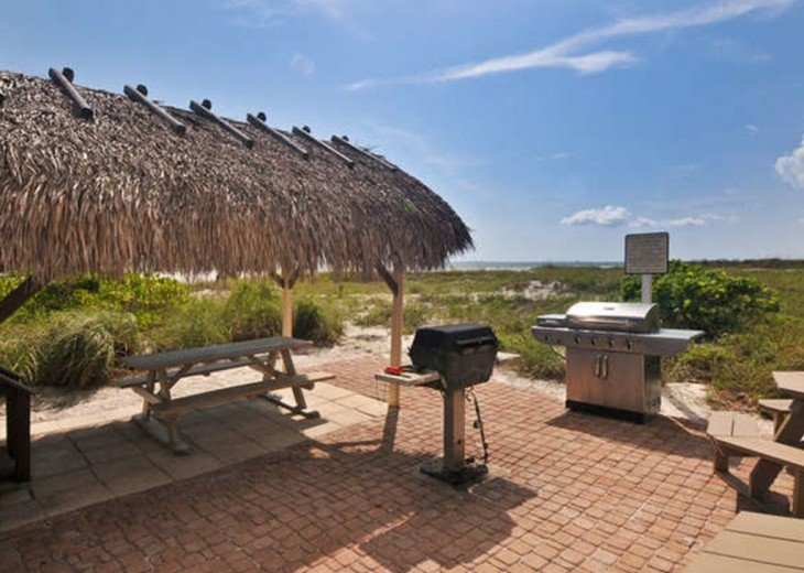WOW!Beach Front,Awesome sunsets,Pet Friendly,Newly Remodeled North End #23