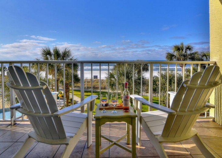 3rd Floor-Family Friendly-All the comforts of home-Free beach service #13