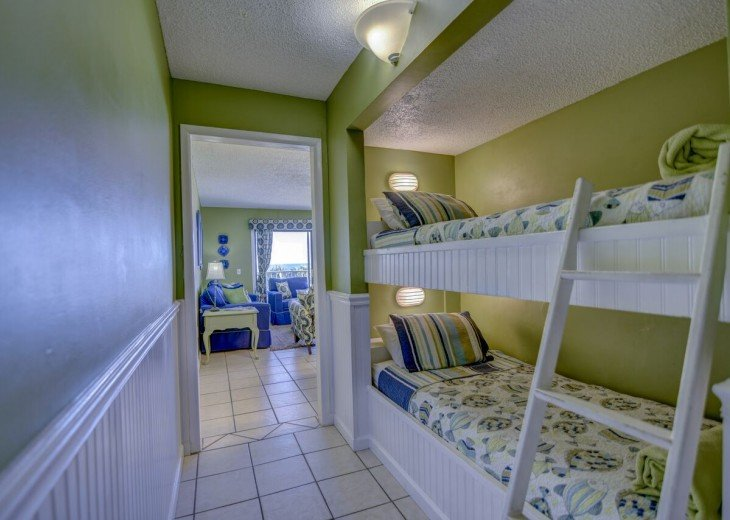 3rd Floor-Family Friendly-All the comforts of home-Free beach service #7