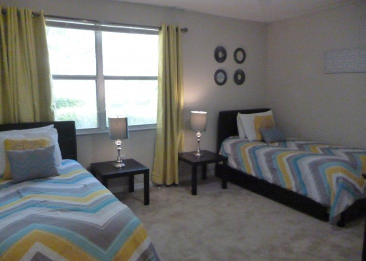2nd bedroom with 1 twin and 1 trundle bed, sleeps 3