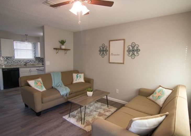 4 bed 2 bath private pool 2 blocks to the beach! #7