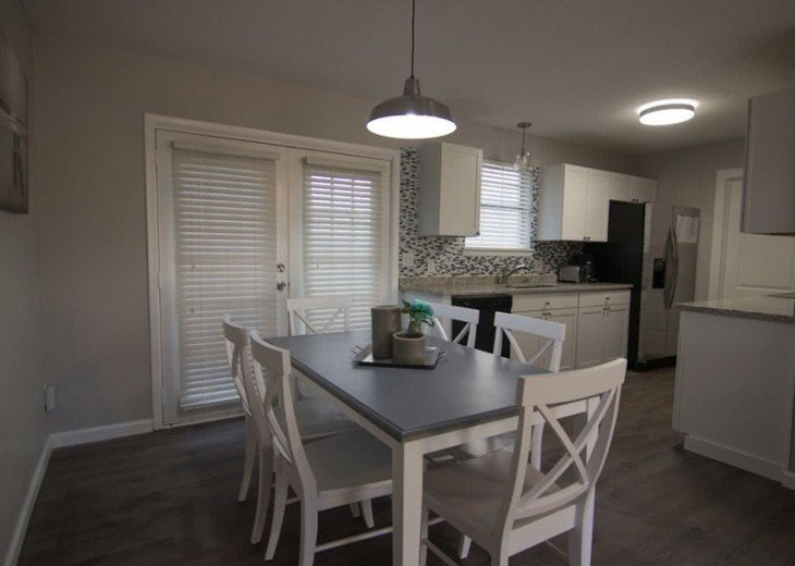 4 bed 2 bath private pool 2 blocks to the beach! #9