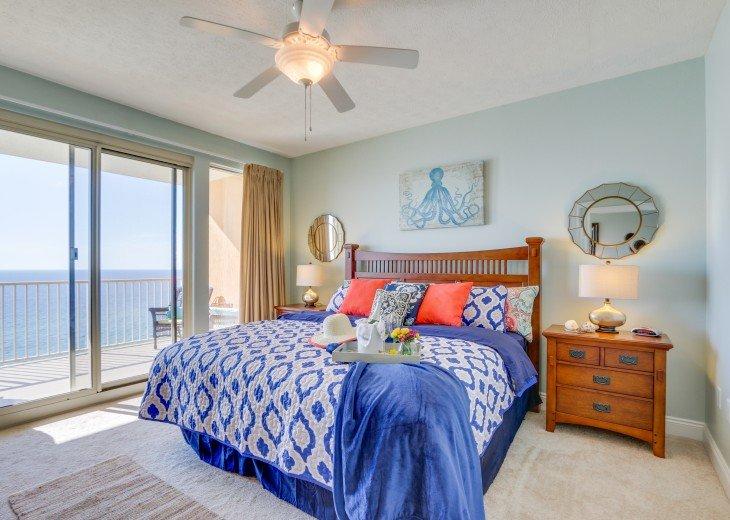 Beachfront Designer Condo Treasure Island Resort PCB 1105 #16