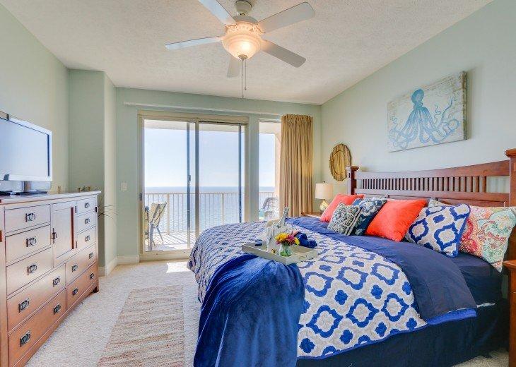 Beachfront Designer Condo Treasure Island Resort PCB 1105 #23