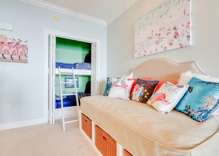 Beachfront Designer Condo Treasure Island Resort PCB 1105 #9