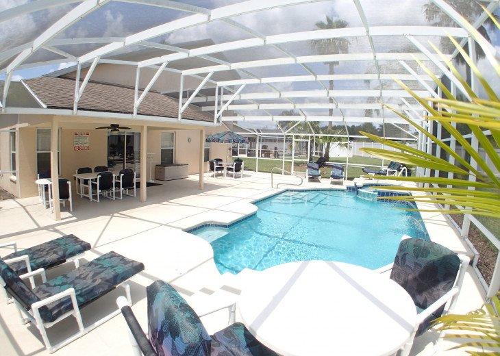 Luxury Villa Near Disney, Large Private Deck, Pool/Spa, Free Wifi, BBQ, HBO #2
