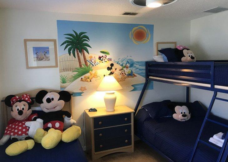 Luxury Villa Near Disney, Large Private Deck, Pool/Spa, Free Wifi, BBQ, HBO #24