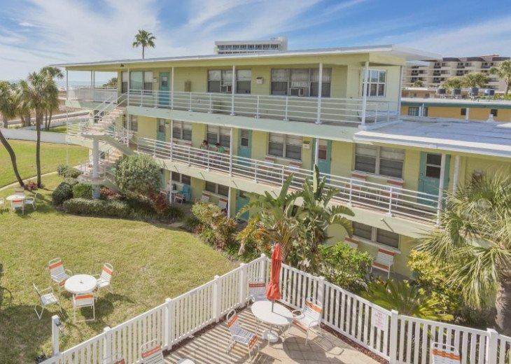 Tropic Terrace 27 #11