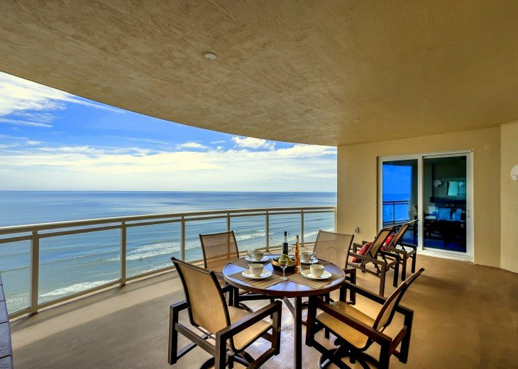 Ocean Vistas Unit 805 - Ocean Front 3 bedroom 2.5 Bath #2