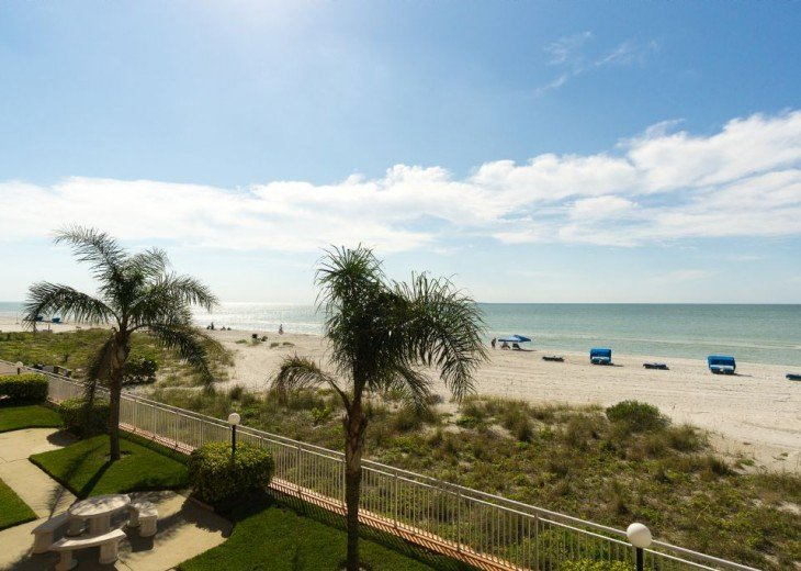 Beautiful Direct Beach-Front, 'Chateaux' Unit 108 #22