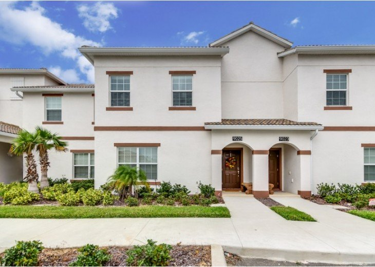 Luxury Collection 4 Bedroom 3 Bath Pool Town Home with Splash Pool CG9025 #2