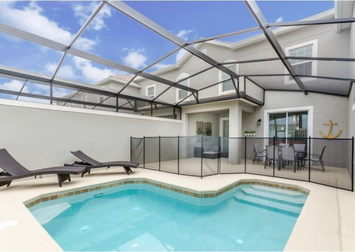 Luxury Collection 4 Bedroom 3 Bath Pool Town Home with Splash Pool CG9025 #25