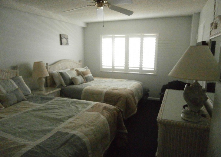 2nd Room with 2 Queen Beds
