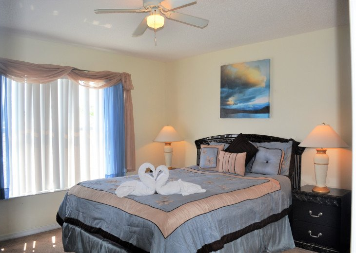 Affordable 4 Bedroom Southfacing Pool Vacation Home #20