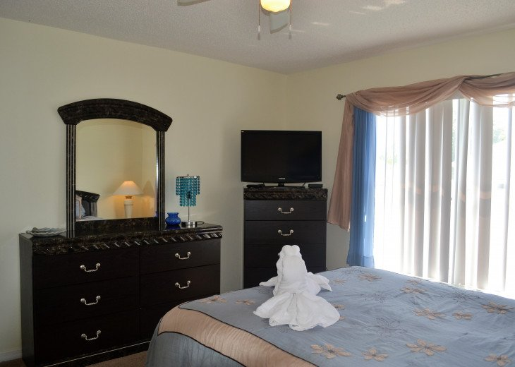 Affordable 4 Bedroom Southfacing Pool Vacation Home #26
