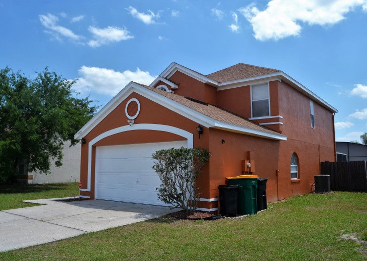 Affordable 4 Bedroom Southfacing Pool Vacation Home #3