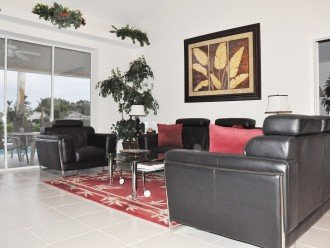 Beautifuly furnished 3 bedroom vacation house with lake view #1