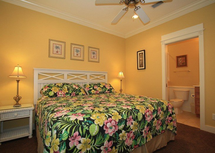 5 Bedroom,5.5 Bath, Private Pool, Carriage House, Close to Beach, Sleeps 16 #16